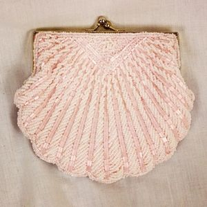 Vintage style Blush Pink Beaded Shell Clutch Purse